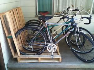 créer un porte vélo avec des palettes