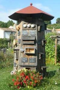 jardin d'insectes potager de l'abbaye de celles sur belle