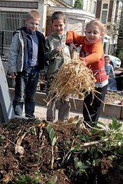 les enfants participent au jardin botanique Tourcoing